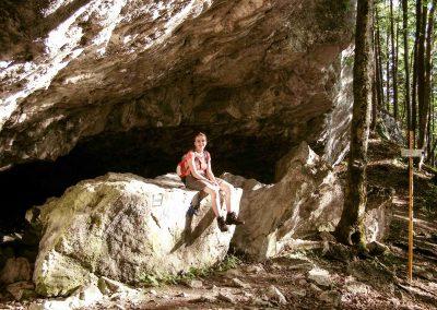 Jaskyňa Mažarná.