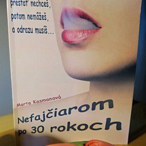 Kniha Nefajčiarom po 30 rokoch tlačená